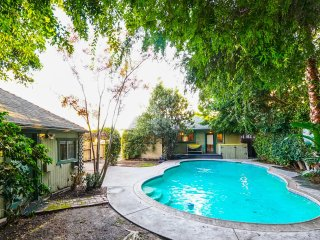 Amazing pool house prime location West Hollywood