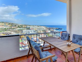 Top floor apartment in Puerto de Santiago
