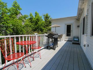 Spacious, dog-friendly condo w/ deck - walk to the beach, lighthouses & more!