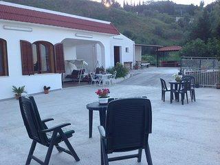 Villa Sara, rilassamento assicurato del corpo e dello spirito, vista rilassante