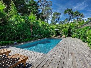 Belle villa en bois, typique du Cap Ferret