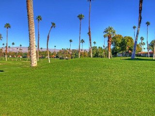 ET21 - Rancho Las Palmas Country Club - 3 BDRM, 2 BA