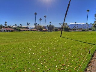DQ115 - Rancho Las Palmas Country Club - 3 BDRM + DEN, 3.5 BA