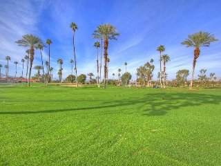 MED31 - Rancho Las Palmas Country Club - 2 BDRM, 2 BA