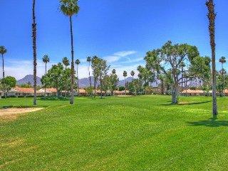 DUR42 - Rancho Las Palmas Country Club - 2 BDRM + DEN, 2 BA