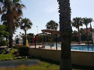 HERMOSO APARTAMENTO FTE PLAYA PISCINA AIRE GIM CANCHAS PADDLE