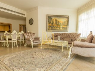 Amazing 3 BR Apartment | Royal Furnishings | Palm Jumeirah