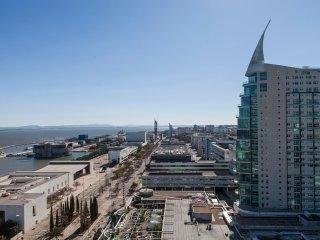 Lisbon Fabulous 17th Floor River View Duplex  Expo