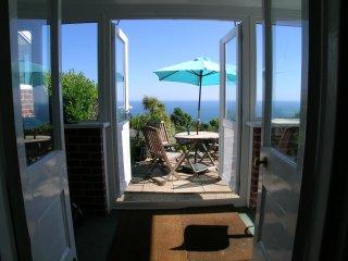 Seaside : Elegant Victorian house with sensational south facing sea views