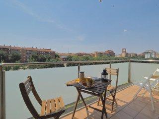 River Apartment 4