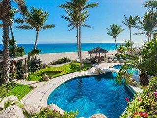 Beachfront Estate with Excellent Amenities at Villa Las Rocas!