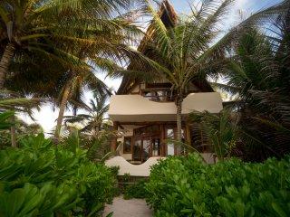 Casa Bonita - Stunning Tulum Beach Home!