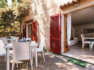 Villa Giolù: Azzurro Apartment near the beach in the bay from Portoferraio
