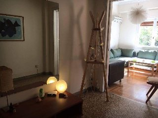 A sunny apartment near metro 'Evangelismos' in the centre of Athens!