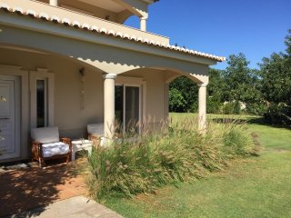 Luxury  spacious 5 bedroom villa with 5000m2 in Vilamoura