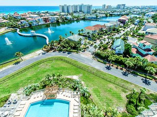 Pelican Beach Terrace 1103-2BR-Dec 9 to 13 $575! Book 4 Holidays-$1300/MONTH