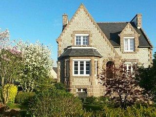 Kenkiz Men Ruz : La Villa de Granit Rose