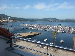 Atico con terraza frente al mar