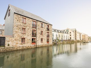 The Sail Loft - sleeps 6, dog friendly
