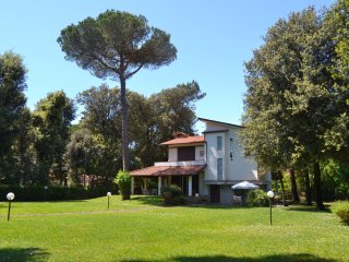 Villa La Meridiana with park plus Tent at Eva Beach Club