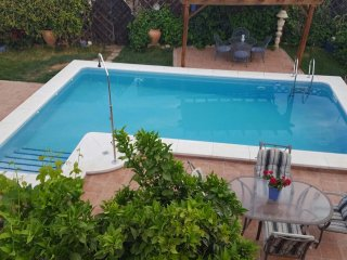 House with 3 bedrooms in Penaflor, with private pool, enclosed garden and WiFi