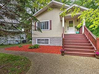 Union Pier Home w/ Large Deck, Hot Tub & Backyard!