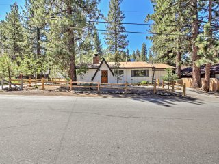 NEW! 2BR Big Bear Lake Cabin - Walk to the Lake!
