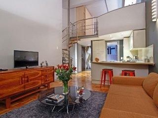 Georgina's Loft Apartment