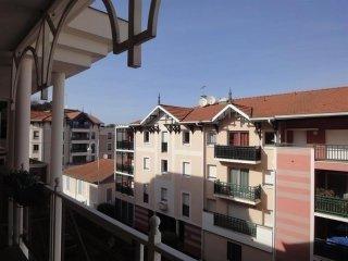 CENTRE VILLE - DEUX CHAMBRES - PROCHE PARC MAURESQUE