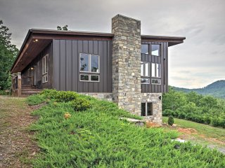 NEW! 3BR Union Mills House with Mountain Views!