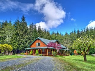 New! Charming 3BR Forks House on 10 Acres!