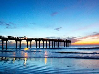 Perfect for Families! Condo in Center of St. Aug Beach