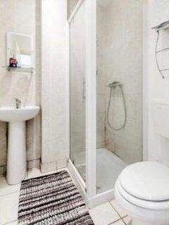 Shower Room - Sink - WC
