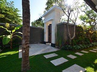 'Pungutan House' Villa 3