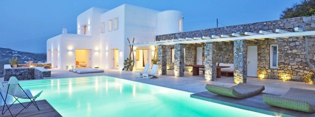Villa Alexandra, elegant 5-bedroom villa with amazing sunset view, close to Myko