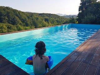 Villa Enchanting hill / Heated Pool - Special offer 9.-16.7.
