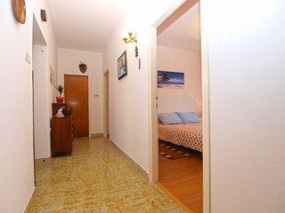 Apartment 12195