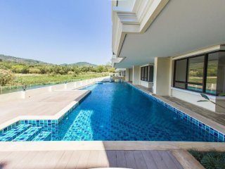 2-bedroom new apartment by the sea in Naiharn