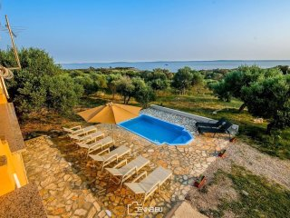Villa Olivia - nice villa with private pool