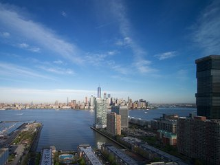 Stunning Scenery Over a NYC Skyline