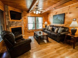 Evening Star - Family Friendly Cabin - Gatlinburg Falls Resort