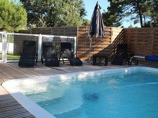 villa recente 6 pers, tout confort avec piscine privee, climatisee, wifi gratuit