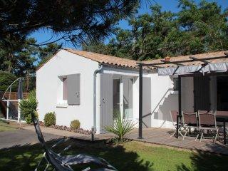 villa recente 6 pers, tout confort avec piscine privee, climatisée, wifi gratuit