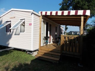 LOCATION MOBIL HOME 4/6 PERSONNES EN CAMPING 4*