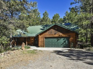 Antelope is a cute, pet-friendly cabin ideal for your vaction in Pagosa Springs.