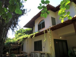 Beautiful countryside villa in the center of Israel