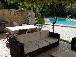 Villa avec piscine a Aix en Pce pour 10 personnes