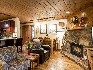 Remodeled 1BR w/ Private Hot Tub & Deck - Drive 3 Minutes to Ski Area