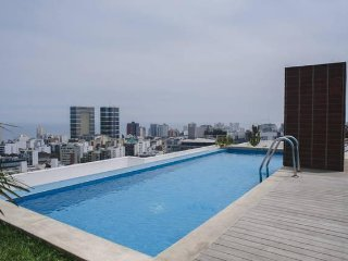 PERU APARTMENTS RENT -  NEXT LARCOMAR POOL GYM