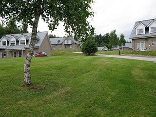 Apartment 20 Inchmarlo, Banchory. 2 Bedroom, both en suite, self catering